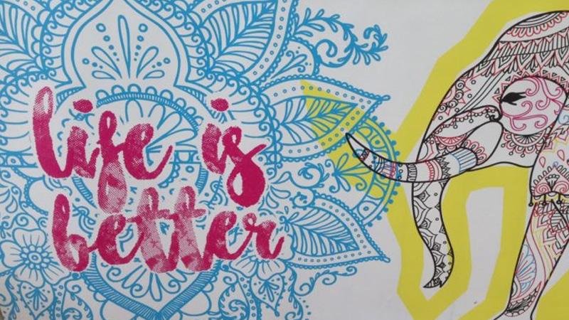 illustration avec éléphant et mandala