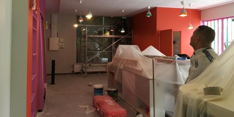 chantier peinture au Café des enfants